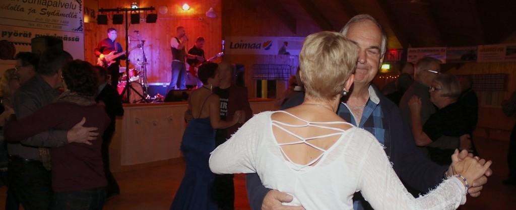 Alle 25 - vuotiaat 8 eurolla tansseihin!!!